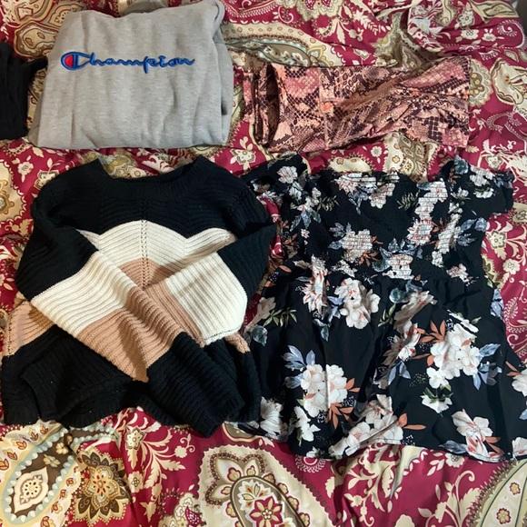 Streetwear Society Tops - Tops, sweaters leggings